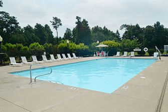 Quality Inn & Suites Outdoor Pool